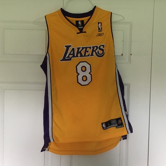 5b03cb0822f7 Kobe Bryant kids jersey. M 5af7827684b5ce56fdfc0d9f